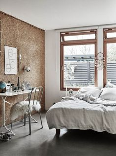 Kurkwand, slaapkamer, wit, cork wall, kork, mur, Stijl Habitat, Inspiratiezaterdag