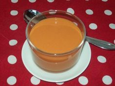 Bisque de gambas au safran French Dishes, Mets, Fondue, Panna Cotta, Pudding, Cheese, Ethnic Recipes, Desserts, Chant
