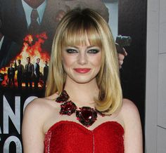 Emma Stone in Lanvin at the Gangster Squad Premiere - Reel Life With Jane Emma Stone Makeup, Emma Stone Hair, Red Dress Makeup, Hair Makeup, Beauty 101, Hair Beauty, Beauty Stuff, Celebrity Hairstyles, Cool Hairstyles