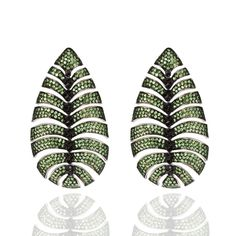 Carla Amorim earrings in white gold with tsavorites and black diamonds, from the new Botanic high jewellery collection.