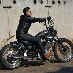 Virago 125 Bobber, Virago 535, Yamaha Virago, Harley Bobber, Chopper Motorcycle, Bike Accessories, Bobbers, Custom Bikes, Cars And Motorcycles