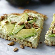 {recipe} Simple cauliflower flatbread recipe. Topped with hummus and avocado ~gluten free, vegan, low carb~