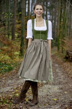 Tostmann trachten dirndl classics higher on the neck/chest Traditional German Clothing, Traditional Dresses, Dirndl Dress, Dress Up, German Costume, German Outfit, Mode Simple, Folk Costume, Historical Clothing