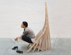 Way Home le fauteuil architectural par Soonyoung Anna Yoon Funky Furniture, Art Furniture, Unique Furniture, Contemporary Furniture, Furniture Design, Table Design, Wood Design, Chair Design, Diy Design