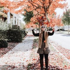 1 Girl, 5 Outfits: Haley Ashcom - Carly the Prepster Preppy Winter Outfits, Burgundy Pants, Brown Skirts, 1 Girl, Classic Outfits, Outfit Posts, Time Travel, Hipster, Turtle Neck