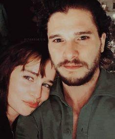 Kit and Emilia ❤️ Sir Arthur Dayne, Ramsey Bolton, Kit And Emilia, Jon Snow And Daenerys, Z Book, Petyr Baelish, Tragic Love Stories, Game Of Thrones Cast, Kit Harrington