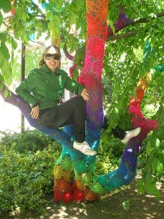awesome crochet rainbow tree yarnbomb - hey Hereford Carey check it out - hehehe :)