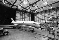 PSA 727 inside the PSA hangar at San Diego LIndbergh Field-