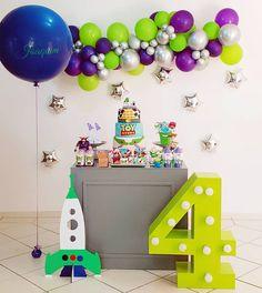 Monkey First Birthday, Candy Theme Birthday Party, Boys First Birthday Party Ideas, Toy Story Birthday, 2nd Birthday Parties, Party Themes, Balloon Decorations, Birthday Decorations, Festa Toy Store
