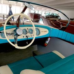 Riva Junior Riva Boot, Boat Engine, Vintage Boats, Chris Craft, Outboard Motors, Bellini, Wooden Boats, Water Crafts, Sailing