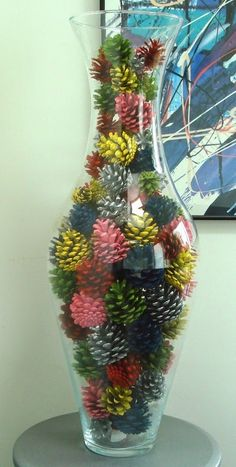 Decorate with pine cones - # pine cones .- Mit Tannenzapfen dekorieren – # Tannenzapfen Decorate with pine cones – # Pinecone crafting natural materials Decorate with pine cones – - Fall Crafts, Holiday Crafts, Home Crafts, Diy And Crafts, Christmas Crafts, Arts And Crafts, Nature Crafts, Kids Crafts, Pine Cone Art