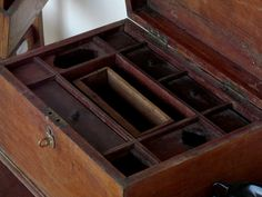 Old Wooden Box 3075