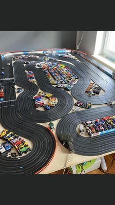 Slot Car Race Track, Slot Car Racing, Slot Car Tracks, Race Cars, Race Tracks, Auto Racing, Tyco Slot Cars, Afx Slot Cars, Scalextric Cars