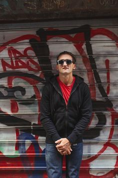 Casey Neistat. Master of the viral video. http://www.american-giant.com/mens-heavyweight-full-zip-hooded-sweatshirt-product.html