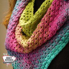 Mooie verloop sjaal gemaakt van Durable Colourful verloopgaren! 1 bol is 1 mooie sjaal. Werkbeschrijving gratis te downloaden!