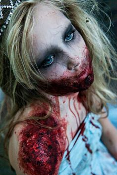 Halloween Makeup: Zombie Prom Queen..