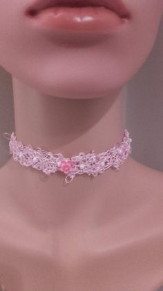 Pretty+pink+and+white+wire+and+fine+elastic+choker+from+Celticheartjewelry+by+DaWanda.com