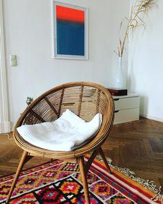 Love this chair #chair #desig #interior #interiordesign #home #pattern #rug #kelim #modern #rattan #designer #style #homestyle #furniture #vintage by sinah_wohl