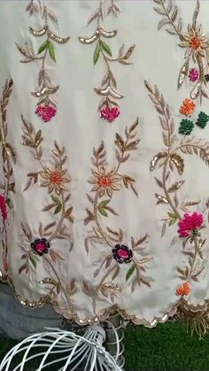 Embroidery Suits Punjabi, Kurti Embroidery Design, Hand Work Embroidery, Hand Embroidery Designs, Embroidery Dress, Party Wear Indian Dresses, Designer Party Wear Dresses, Indian Fashion Dresses, Kids Dress Collection