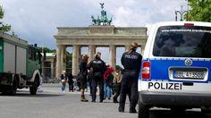 Absolute Sicherheit - Berlin rüstet sich für Obama-Besuch - US-Präsident wohn tim Ritz Carlton am Potsdamer Platz - Laufkundschaft für Gastronomie fehlt - Report bei HOTELIER TV: www.hoteliertv.net/reise-touristik
