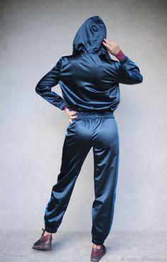 e23245ec Костюмы ручной работы. Заказать Спортивный костюм с ручной вышивкой