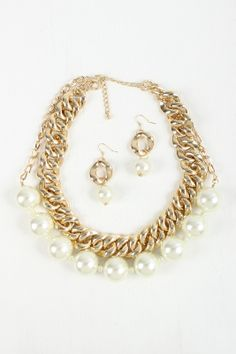 Chic Empress Necklace