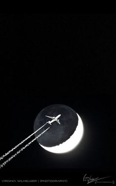 Black and White photo by Virginia Wilhelmer Plane Photos, Come Fly With Me, Black And White Colour, Moonlight, Virginia, Ink, Pictures, Jet Plane, Airplanes