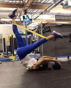 15.3 тыс. отметок «Нравится», 415 комментариев — Alexia Clark (@alexia_clark) в Instagram: «CORE CRAZY 40 seconds on 20 seconds rest 3-5 rounds! Outfit DEETS Top: Lululemon @lululemon…»