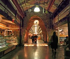 Chelsea Market, a food dream in NYC. Amy's Bread, Lobster Place, Ronnybrook Dairy, Lucy's Whey, J.Torres Chocolates, L'Arte del Gelato.