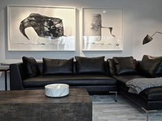 Black Sofa Living Room Living Room Black Couch Best Black Sofas Living Room Design Best Ideas About Black Couch Decor On Black Bohemian Living Room Black Couch Black Leather Sofa Living Room, Black Couch Decor, Black Leather Sofas, Living Room Colors, Living Room Grey, Living Room Designs, Leather Couch Decorating, Living Pequeños, Living Room Sectional
