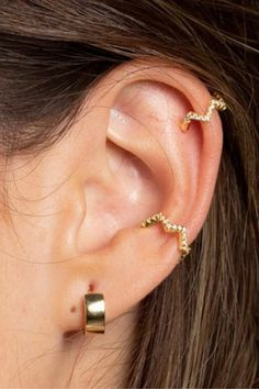 These edgy micro CZ pave ear cuffs are just the thing you need to add to your ear stack! These days we women are filling our ears with cute stud so this cuff requires no piercing to wear it! Place it anywhere along your outer ear! - You get two (x2) ear cuffs - 14K gold plated over .925 sterling silver or solid .925 sterling silver - CZ stones - Outer diameter: 11mm, inner diameter: 9mm, stones: 1mm
