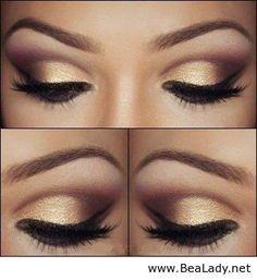 Gold eyeshadow look.