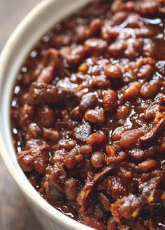 12 hours · Gluten free · Serves 12 · Pour a bunch of delicious ingredients in the slow-cooker and hours later, your house smells ridiculously good and you have enough of these beans to serve a crowd. Brown sugar makes them sweet and… Baked Beans From Scratch, Canned Baked Beans, Baked Beans Crock Pot, Best Baked Beans, Slow Cooker Baked Beans, Homemade Baked Beans, Baked Bean Recipes, Crockpot Recipes, Cooking Recipes