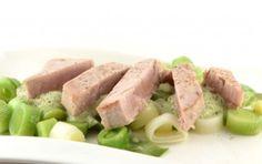 Prei met basilicum roomsaus en gegrilde tonijn