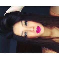 Simple eye makeup with bright lips for a pop of color. Perfect Makeup, Love Makeup, Makeup Tips, Beauty Makeup, Makeup Looks, Hair Beauty, Makeup Ideas, Makeup Geek, Makeup Addict