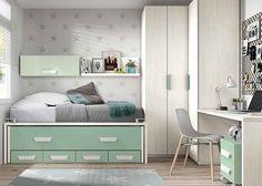 Habitación juvenil con dos camas y armario rincón