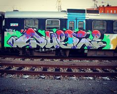 A stylish QUEE panel on the Stockholm commuter train 2016! --------> #wufc #sdk #que #graffiti #famous #artist #fuckthebuff #sweden #sweet #cool #awesome #art #fashion #creative #own #style
