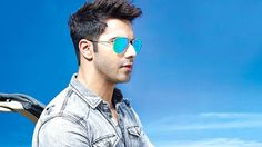 Here is an article that includes complete information about Varun Dhawan Height…