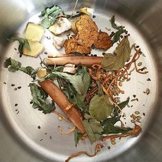 Inside my tea pot! A little #herbal #magic! #gingerroot #cordyceps  #coriander seeds #fennel seeds #anise seeds #cinnamon  #chaga  #bayleaf  #cardamom seeds #peppermint leaves #springwater Will simmer this up for about 30 minutes and enjoy post Sunday #sauna time! Prepping for a BIG launch week with the #undietcookbook ❤️❤️❤️ #naturalmedicine #undietlife #herbaltea #teatime #happysunday #inmycup #nutrition #nutritionist #healthy #health #prevention #herbalmedicine #functionalnutrition…