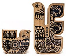 Limited edition Aurinko tea-light holders from Sanna Annukka Soul Bird Sml- Light Oak Wood Bird, Light Oak, Marimekko, Wood Toys, Miller Sandal, Tea Light Holder, Scandinavian Design, Tea Lights, Folk Art