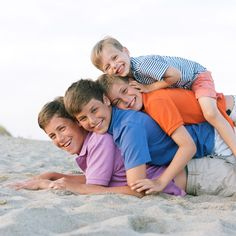 beach pictures - cute idea for the kids!