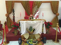 Mon mariage traditionel  pagne kita Wedding Stage, Wedding Themes, Wedding Events, Wedding Decorations, Table Decorations, Nigerian Traditional Wedding, Traditional Wedding Decor, African Theme, Ethnic Wedding