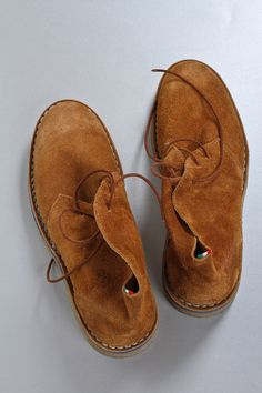 Diemme Bonito desert boots. 600 bucks at Fabric or $40 at the Salvation Army.