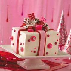 30 Creative Birthday Cakes - From cute critter cupcakes to candy-topped cakes, surprise the guest of honor with one of these fun birthday cake recipes. Pretty Cakes, Beautiful Cakes, Amazing Cakes, Creative Birthday Cakes, Creative Cakes, Cupcakes, Cupcake Cakes, Shoe Cakes, Present Cake
