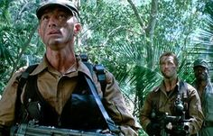 Arnold Schwarzenegger, Carl Weathers y Richard Chaves en Predator Action Movie Stars, Action Film, King Kong, Hollywood Action Movies, Jesse Ventura, Carl Weathers, Predator Movie, Cinema, Predator