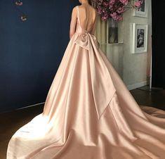 White Bridal Dresses, Stunning Wedding Dresses, Wedding Dress Trends, Princess Wedding Dresses, Designer Wedding Dresses, Pink Dress, Ball Gowns, Bride, Formal