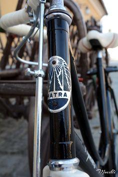 A Csepel Mátra project – a Vas lady elkészült Bike Design, Coffee Maker, Bicycle, Kitchen Appliances, Lady, Projects, Blog, Coffee Maker Machine, Diy Kitchen Appliances