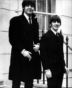 theswingingsixties: Paul McCartney and Ringo Starr - cheeky boys.