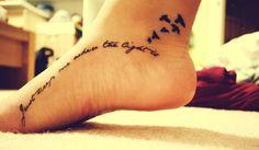 50 Charming Foot Tattoo Designs: I like the idea, though minus the birds. Like the flowing script! Piercings, Piercing Tattoo, Blackwork, Tattoo Fineline, Cool Tats, Body Art Tattoos, Tatoos, Bird Tattoos, Dandelion Tattoos