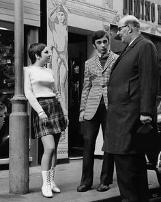 """isabelcostasixties:  """"CARNABY STREET London circa 1966,  The John Stephen boutique  """" Sixties Fashion, 60 Fashion, London Fashion, Vintage Fashion, Mod Look, Swinging London, Carnaby Street, Girls Slip, Mod Girl"""